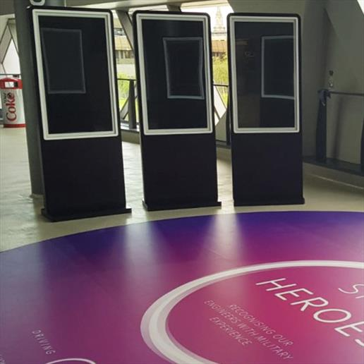 Interactive Freestanding Display, touch screen, interactive screen,