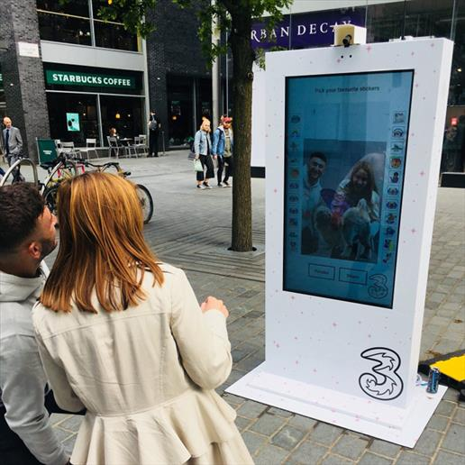 interactive kiosk,touch screen kiosk,advertising kiosk,digital kiosk,touch screen kiosk, outdoor screen hire, outdoor screen