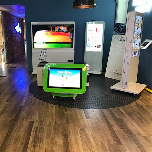 touch table,nursery table,freestanding totem,interactive screen,touch screen technology